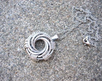 Mailstorm Spiral Necklace - Silver and Chapmagne Chainmail