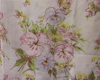 Vintage Pillowcase Pair, Shabby Pillowcases, Vintage Floral Pillowcases, Standard Pillowcases, Pink Pillowcases, Pair of Pillowcases