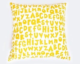 Chartreuse de l'alphabet - housse de coussin -, imprimé sexe neutre, organique, à la main, coussin alphabet, lecture coin coussin, ABC, chambre