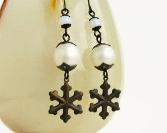 Snowflake Dangle Earrings Antiqued Brass Snowflake Charms Victorian Christmas Jewelry Pearl Snowflake Jewelry