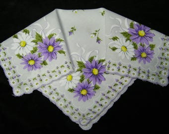 "Vintage 1950's 13"" Scalloped Purple & White Gerbera Daisies Floral Wedding, Bridesmaid Handkerchief or Doily, 9824"