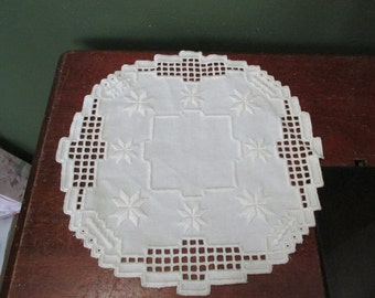 Vintage Hardanger 12.5 Inches Antique White