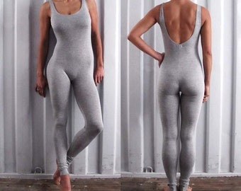 Multi functional catsuit - unitard, with optional stirrups - yoga leggings - dance wear - athleisure. Black - Misty grey. Size SM and ML