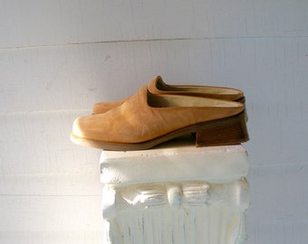 Simple 90s MINIMAL Camel LEATHER Slides Vintage MULES  6.5 37