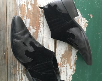 Ankle Boots, Western Booties, Winklepickers Size 8 / Euro 38 39 / UK 6 Womens Black Boots, Chelsea Boots,  Preppy Hipster Cowboy Boots