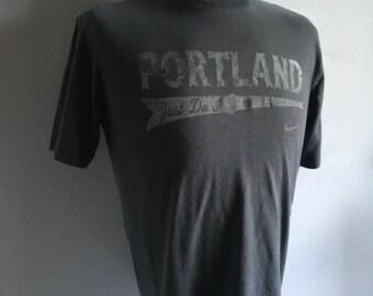 Vintage Men's 90's Nike T Shirt, Gray, Cotton, Short Sleeve (M)