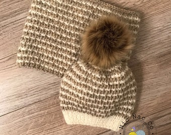 "Together ""Leapfrog"", hat with Pompom fur and snood, ecru and beige, knitted hand in soft and warm, wool for baby (3/6 months)"