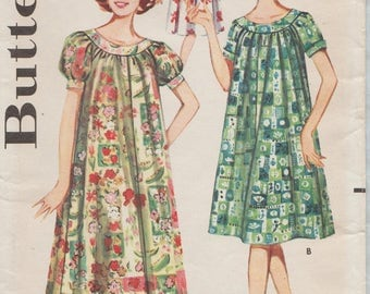 Butterick 9946 / Vintage 60s Sewing Pattern / Gown Nightgown Dress Lingerie Loungewar / Size 14 Bust 34