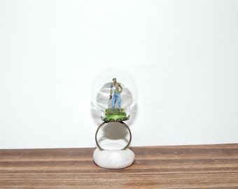 Tiny Zombies in a bubble ring Terrarium scene. The walking dead. Horror film. gift for zombie nerds. Living dead, family. diorama. graveyard
