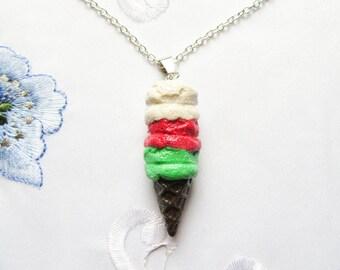 Kawaii Chistmas Glitter Ice Cream Cone Necklace, Ice Cream Necklace, Cute, Kawaii, Christmas, Polymer Clay, Food Jewelry