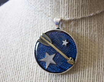 Shoot for the Stars Epoxy Pendant