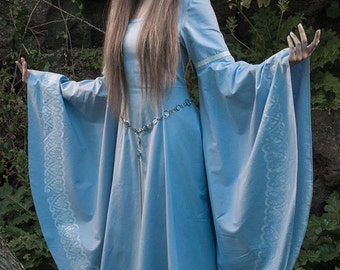 Faneth, Elven fantasy medieval wedding dress, hand painted cotton, embroidered, custom made