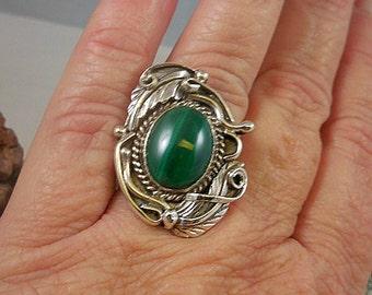 Native American Green Malachite Sterling Silver Ring