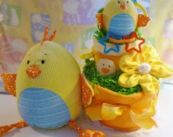 Just Hatched..Mommy's Little Chick Diaper Cake..Toys..Washcloth Flower..Activity Rattle..Finger Puppet..Plus More..Neutral..Ready to Ship :)