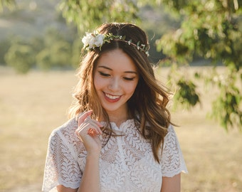 blossom and forest asymmetrical bridal wedding flower crown // Florette - IVORY / bohemian floral headpiece flower crown
