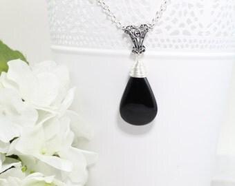 Black Onyx Silver Pendant Necklace - Gemstone Necklace - Gemstone Jewelry - Raw Stone Necklace - Gift for Women - Gift for Women Boss
