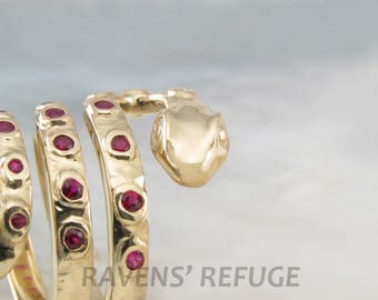 ssss SNAKE ring in solid gold with sapphires or rubies