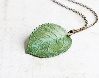 Green Leaf Necklace, Verdigris Patina Curved Leaf Pendant on Antiqued Brass Chain, Long Necklace, Hand Patina, Nature Jewelry