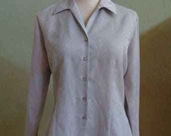 """Vintage Laura Scott Light Grey Long Sleeved Blouse Woven Floral Design Silver Metallic Thread Accents Bust 40"""" Waist 34 and 1/2"""""""