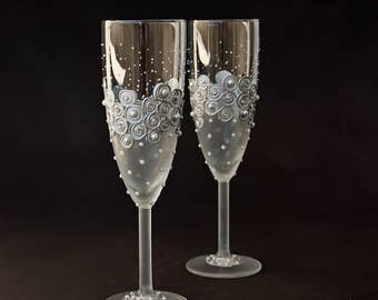 Wedding Glasses, Silver Glasses, Champagne Glasses, Champagne Flute, Toasting Flutes, set of 2 Hand Painted