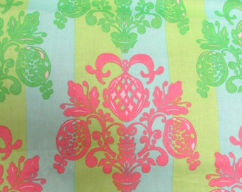 Free Spirit Fabric Olivia's Holiday TG76 Pineapple Post by Tina Givens