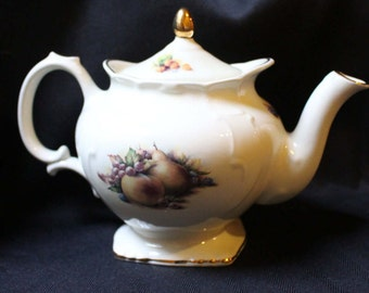 Stoke-on-Trent China tea pot 1950's with Apple and Pear