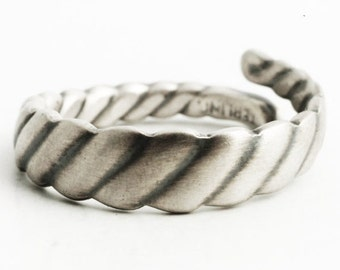 Unique Art Deco Ring, Sterling Silver Twisted Antique Spoon Ring, Minimalist Ring for Him or for Her, Repurposed Adjustable Ring Size (6431)