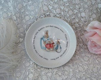 Beatrix Potter Peter Rabbit Wedgwood China Childs Ribbed Plate, Peter Rabbit Porcelain Plate