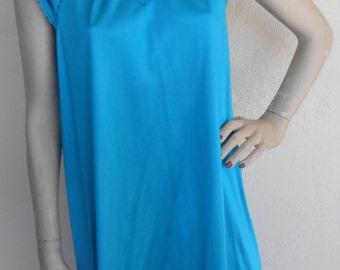 Vintage Nightgown Vanity Fair Size Petite
