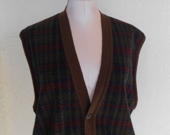 Vintage Sweater Vest Men's by John Ashford Size Extra Large Acrylic / Wool Italy Houndstooth