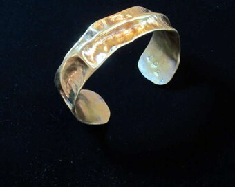 Womens Wide Cuff Bracelet Gold Toned