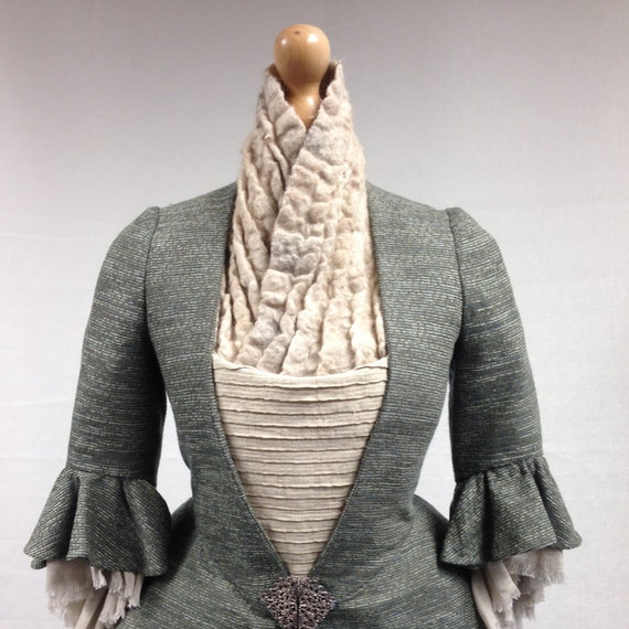 Outlander Geillis Duncan White Fichu. scarf felted wool, cosplay, natural designer clothing, eco friendly clothing, funky women's clothing
