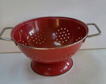 Vintage Red Enamelware Colander,County Kitchen,Farm,Retro,Rustic,Cottage Chic,Kitchenware
