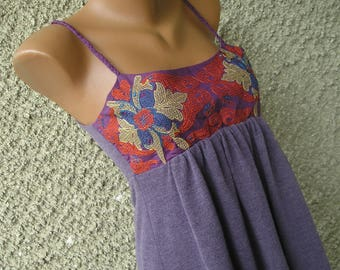 Vintage 90s embroideres tunic top, size S-M