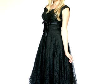 20% OFF SALE 50's Vintage Prom Dress, 50's / 60's Vintage Fit and Flare Dress, Black Lace Dress