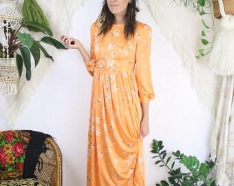 Dreamy 70s floral apricot midi dress, Small 4065