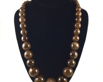 vintage marble bead necklace / plastic marbles / long beaded necklace / brown tan caramel / vintage jewelry / vintage necklace