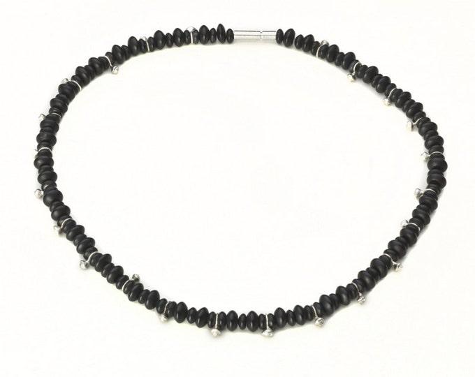 Necklace, 925/000 silver, onyx, black.