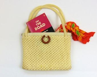 Vintage Purse   Ivory Crochet Handbag with Wooden Circle   1960s