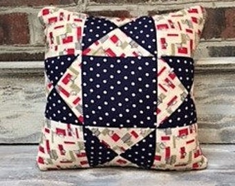 Vintage American Quilt Pillow With Quilt Backing