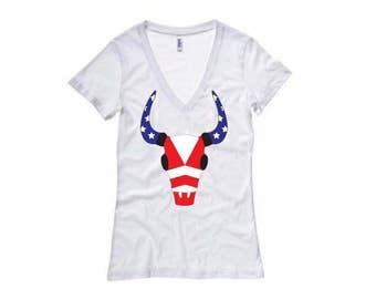 American Longhorn Shirt - Womens V-Neck T-Shirt. Long Length Tee. Black, White, Grey
