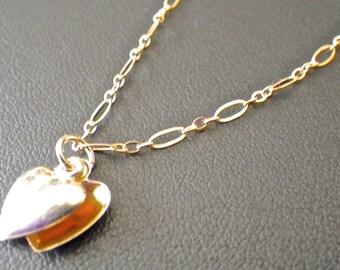 Dainty gold double heart charm bracelet
