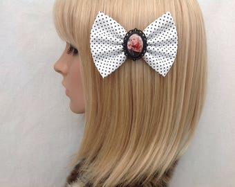 Cry baby Traci Lords Wanda Woodward Johnny Depp hair bow clip rockabilly psychobilly pin up girl vintage retro polka dot geek ladies girls