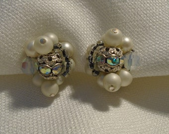 EARRINGS WITH CLIPS (236)