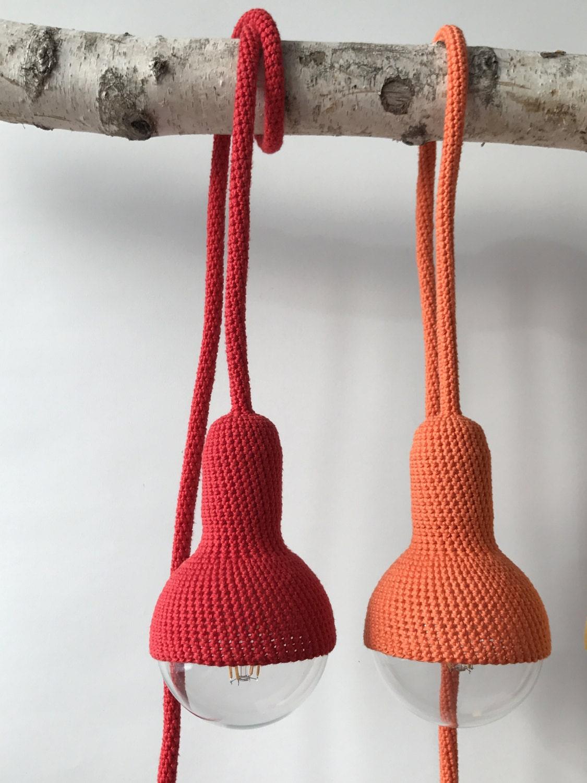 lampe stecker in pendelleuchte rot. Black Bedroom Furniture Sets. Home Design Ideas