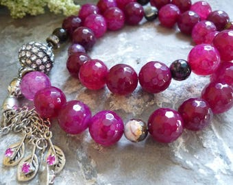 fuchsia  necklace purple agates necklace, magnetic rhinestone clasp, bead 12mm necklace,  necklace, 10mm beads necklace, 14mm