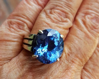 topaz ring size 9 1970's 12ct genuine natural MAGNIFICENT LONDON BLUE topaz sterling ring