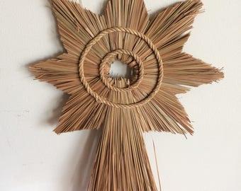 Vintage Decorative Linrose Straw Star