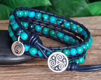 Blue Green Beaded Leather Double Wrap, Chrysocolla Azurite Gemstone Bracelet, Gemstone Beaded Wrap, Gift for Her, Yin Yang Triskele Bracelet