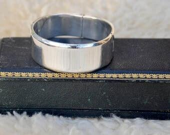 SALE! Mexico Sterling Silver Heavy Silver Cuff Bangle Bracelet, Vintage, Heavy Sterling Hinged Bracelet